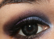 lente contacto oscura
